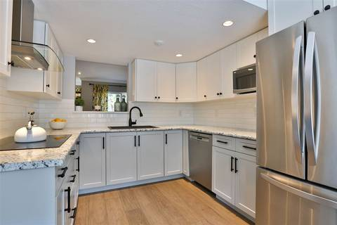 Townhouse for sale at 522 Carlsen Pl Port Moody British Columbia - MLS: R2367273