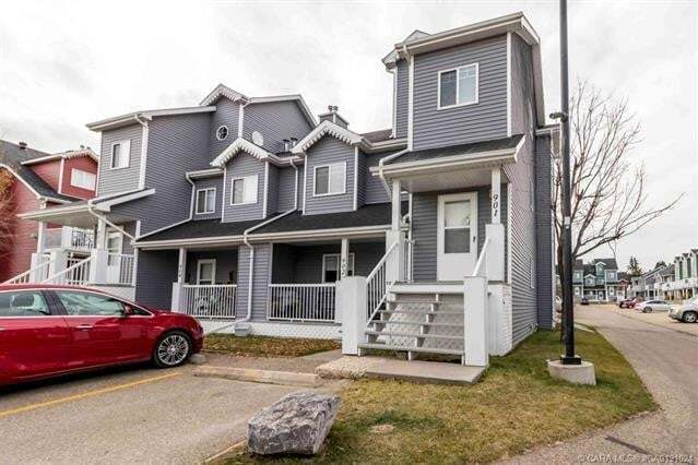 Townhouse for sale at 5220 50a Ave Sylvan Lake Alberta - MLS: A1006196