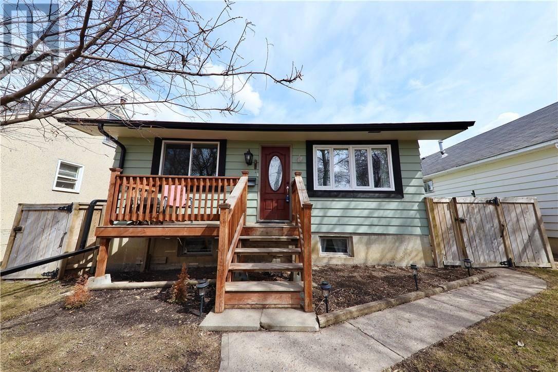 House for sale at 5221 43 St Camrose Alberta - MLS: ca0191737