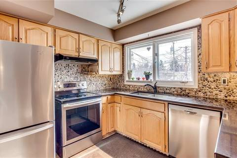 House for sale at 523 Arlington Dr Southeast Calgary Alberta - MLS: C4231999