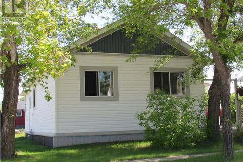 House for sale at 5237 50 St Daysland Alberta - MLS: ca0156557