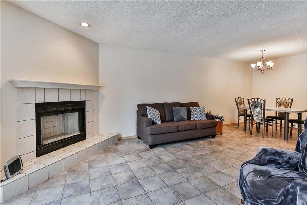 524 15 Avenue NE, Renfrew, Calgary | Image 1