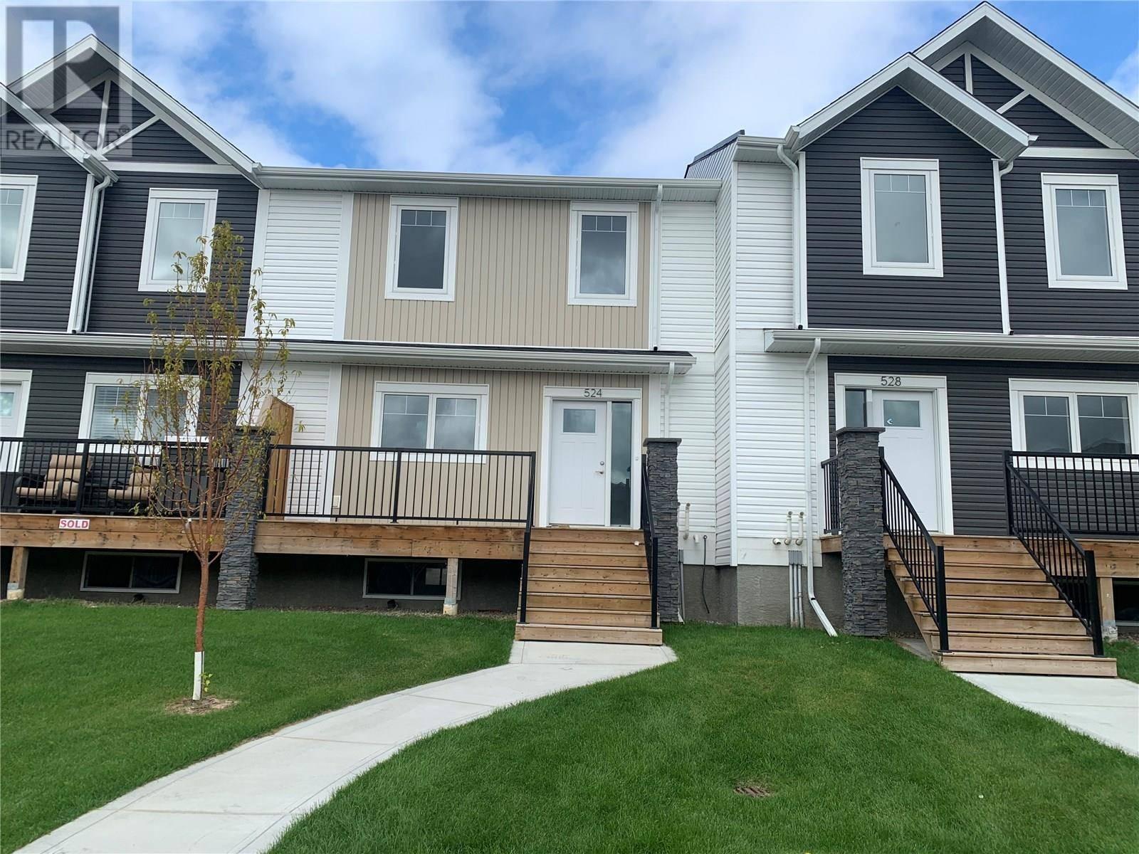 Townhouse for sale at 524 Kloppenburg Cres Saskatoon Saskatchewan - MLS: SK786110
