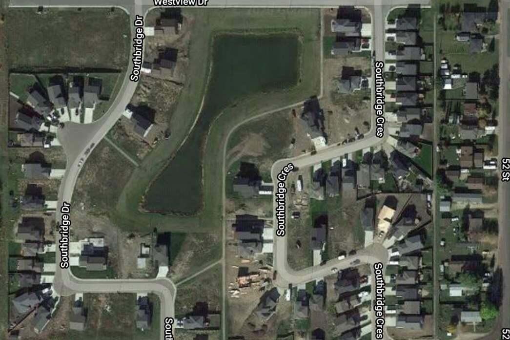 Home for sale at 5249 47 Av Calmar Alberta - MLS: E4188287