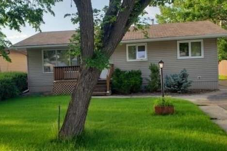 House for sale at 525 6th Ave W Shaunavon Saskatchewan - MLS: SK815403