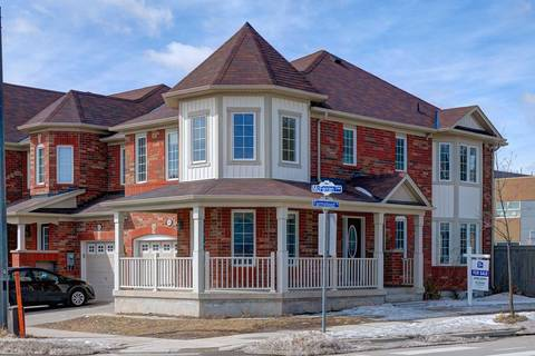Townhouse for sale at 525 Mcferran Cres Milton Ontario - MLS: W4386138