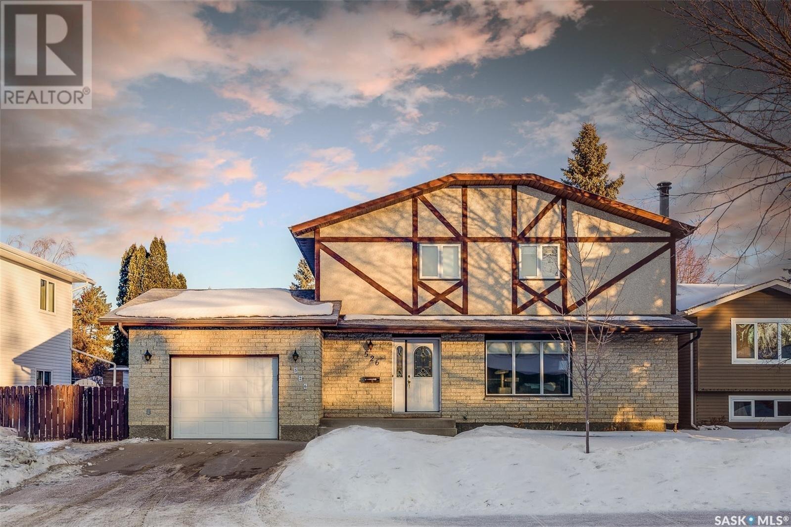 House for sale at 526 Ae Adams Cres Saskatoon Saskatchewan - MLS: SK838782