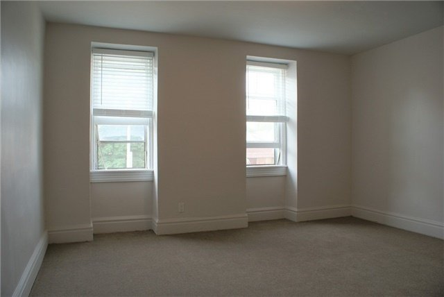 For Rent: 527 Eastern Avenue, Toronto, ON | 3 Bed, 3 Bath Townhouse for $3,500. See 9 photos!
