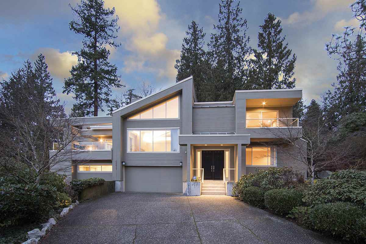 For Sale: 5277 Kew Road, West Vancouver, BC | 7 Bed, 7 Bath House for $2,980,000. See 4 photos!