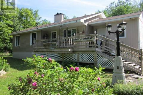 House for sale at 5281 Opinicon Rd East South Frontenac Ontario - MLS: K19004357