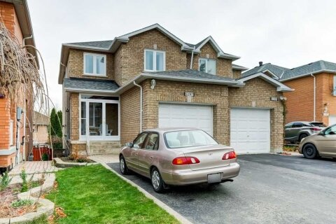 Townhouse for sale at 5287 Longhouse Cres Mississauga Ontario - MLS: W4994257