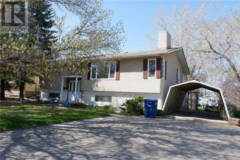 House for sale at 529 6th Ave E Assiniboia Saskatchewan - MLS: SK807924