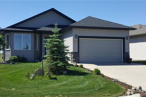 House for sale at 529 Whispering Greens Ave Vulcan Alberta - MLS: C4239258