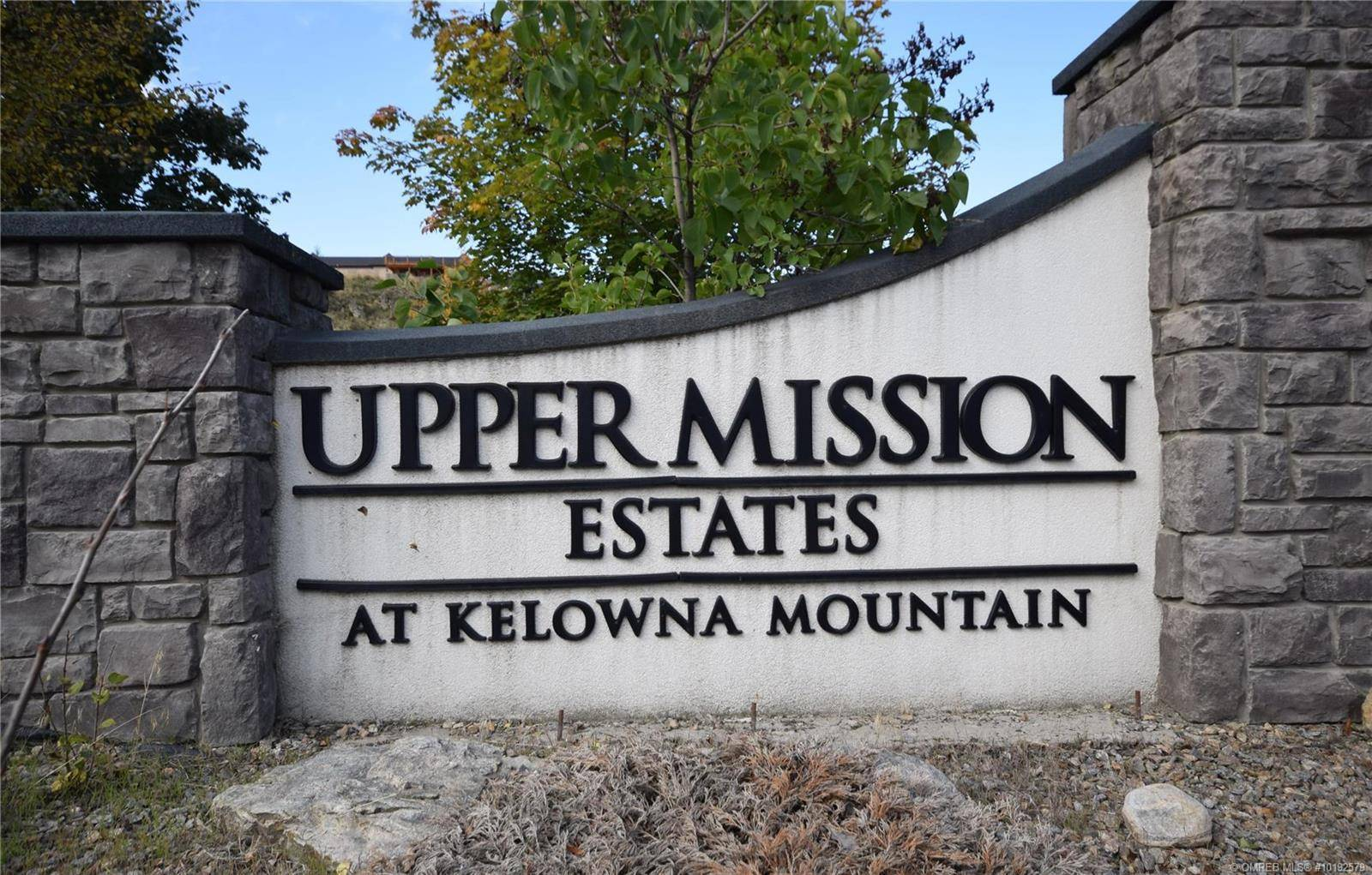 Home for sale at 5298 Upper Mission Dr Kelowna British Columbia - MLS: 10192579