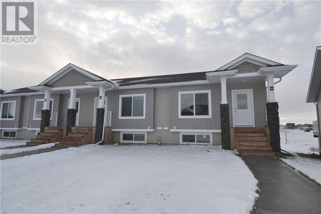 Townhouse for sale at 53 Athens Rd Blackfalds Alberta - MLS: ca0178527