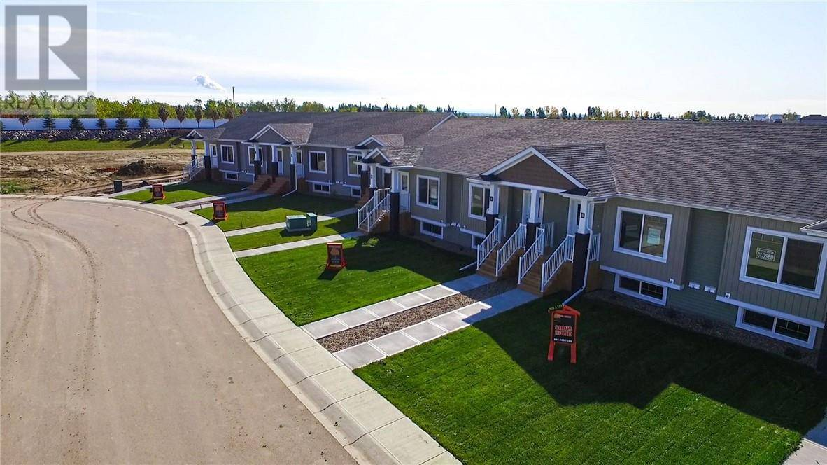 Townhouse for sale at 53 Athens Rd Blackfalds Alberta - MLS: ca0185504