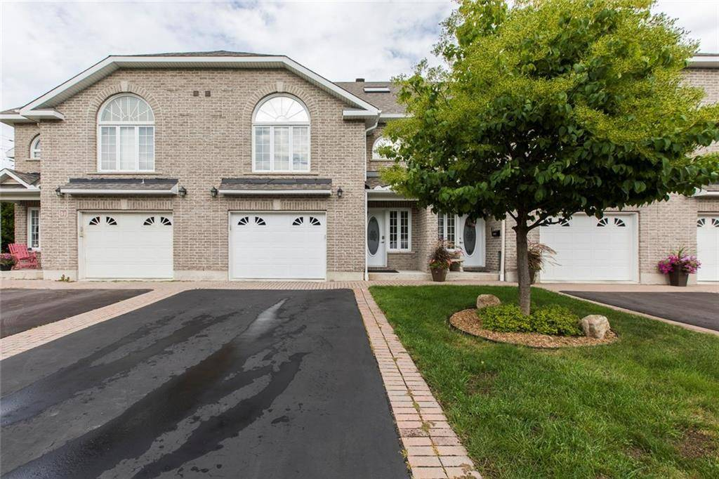 Townhouse for sale at 53 Callaway Ct Ottawa Ontario - MLS: 1167327