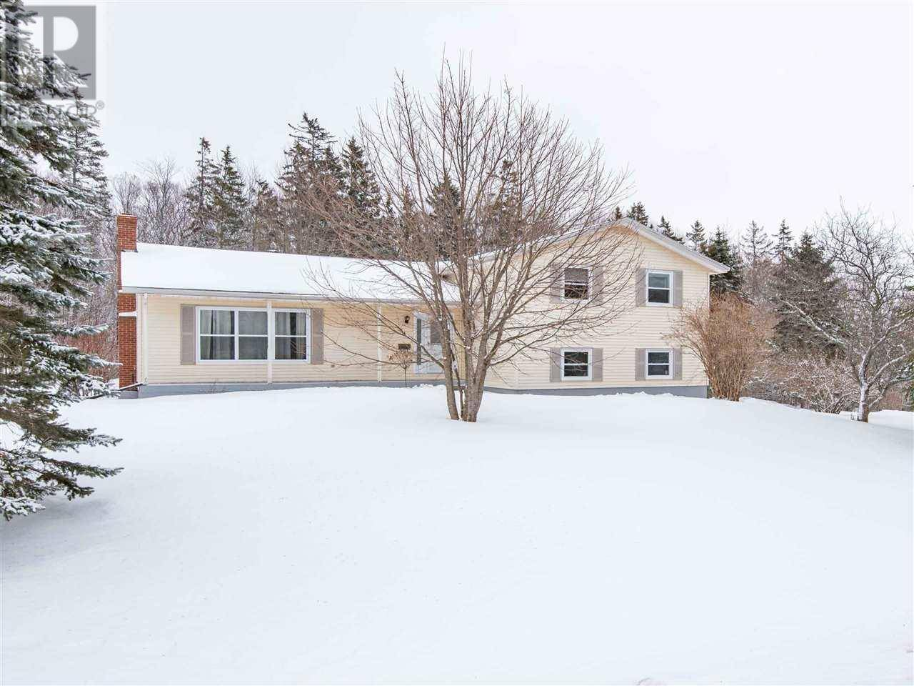 House for sale at 53 Earl Dr Stratford Prince Edward Island - MLS: 202001526