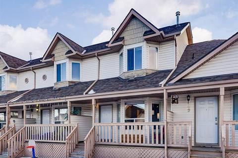 Townhouse for sale at 53 Hidden Valley Villa(s) Northwest Calgary Alberta - MLS: C4282855