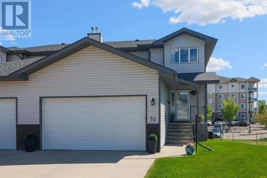 Townhouse for sale at 53 Saamis Cs Southwest Medicine Hat Alberta - MLS: A1004364