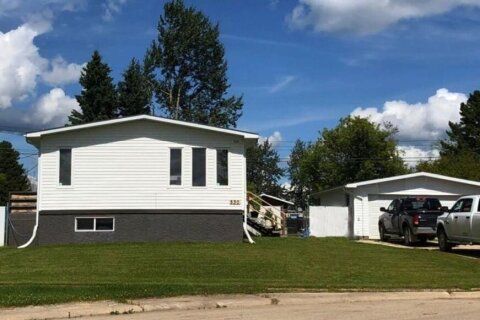 House for sale at 530 3 Ave Fox Creek Alberta - MLS: A1013180