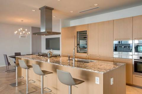 Apartment for rent at 180 University Ave Unit 5302 Toronto Ontario - MLS: C4687915