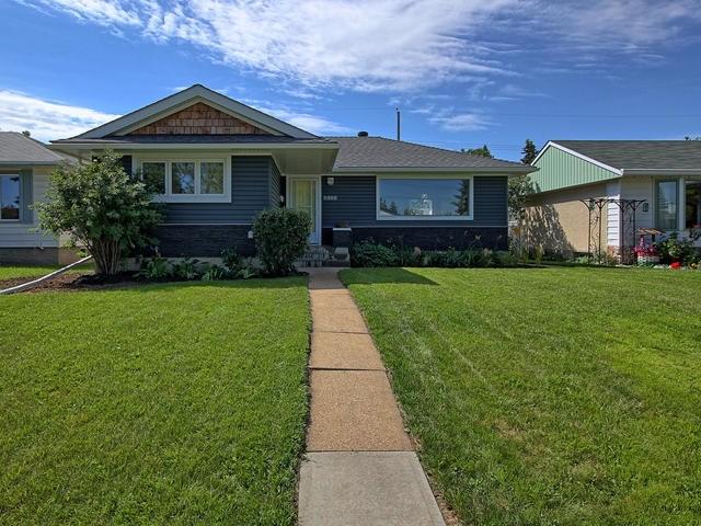 Sold: 5303 102a Avenue, Edmonton, AB