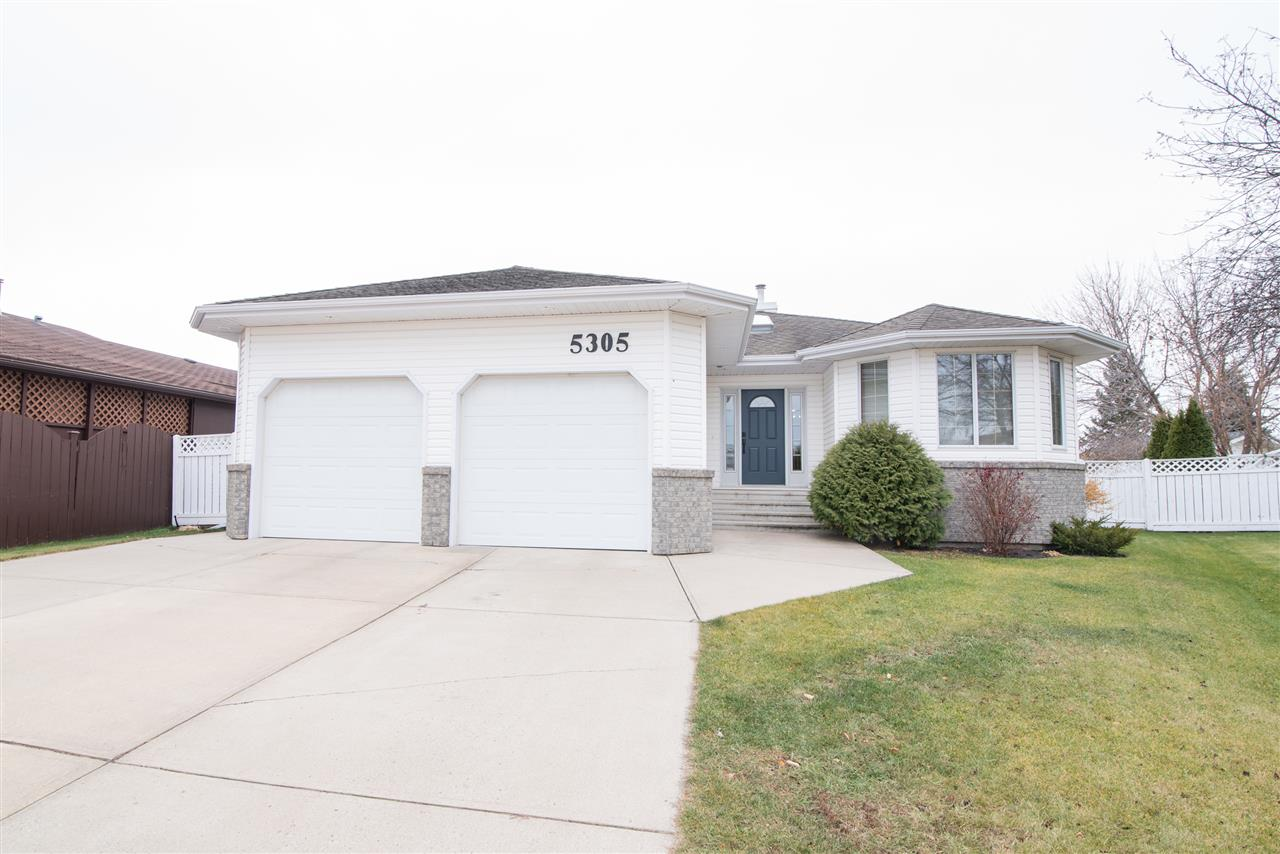For Sale: 5305 59a Avenue, Vegreville, AB | 5 Bed, 3 Bath House for $339,702. See 30 photos!