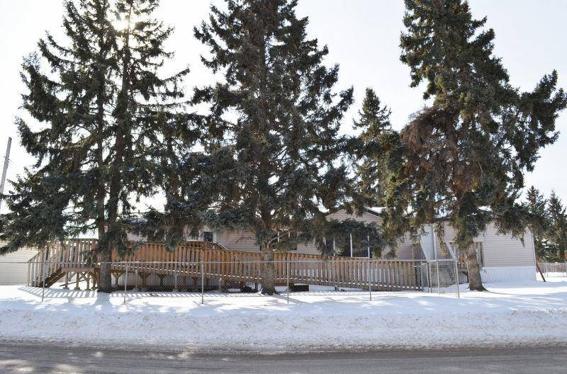 Residential property for sale at 5307 52 St Cold Lake Alberta - MLS: E4191039