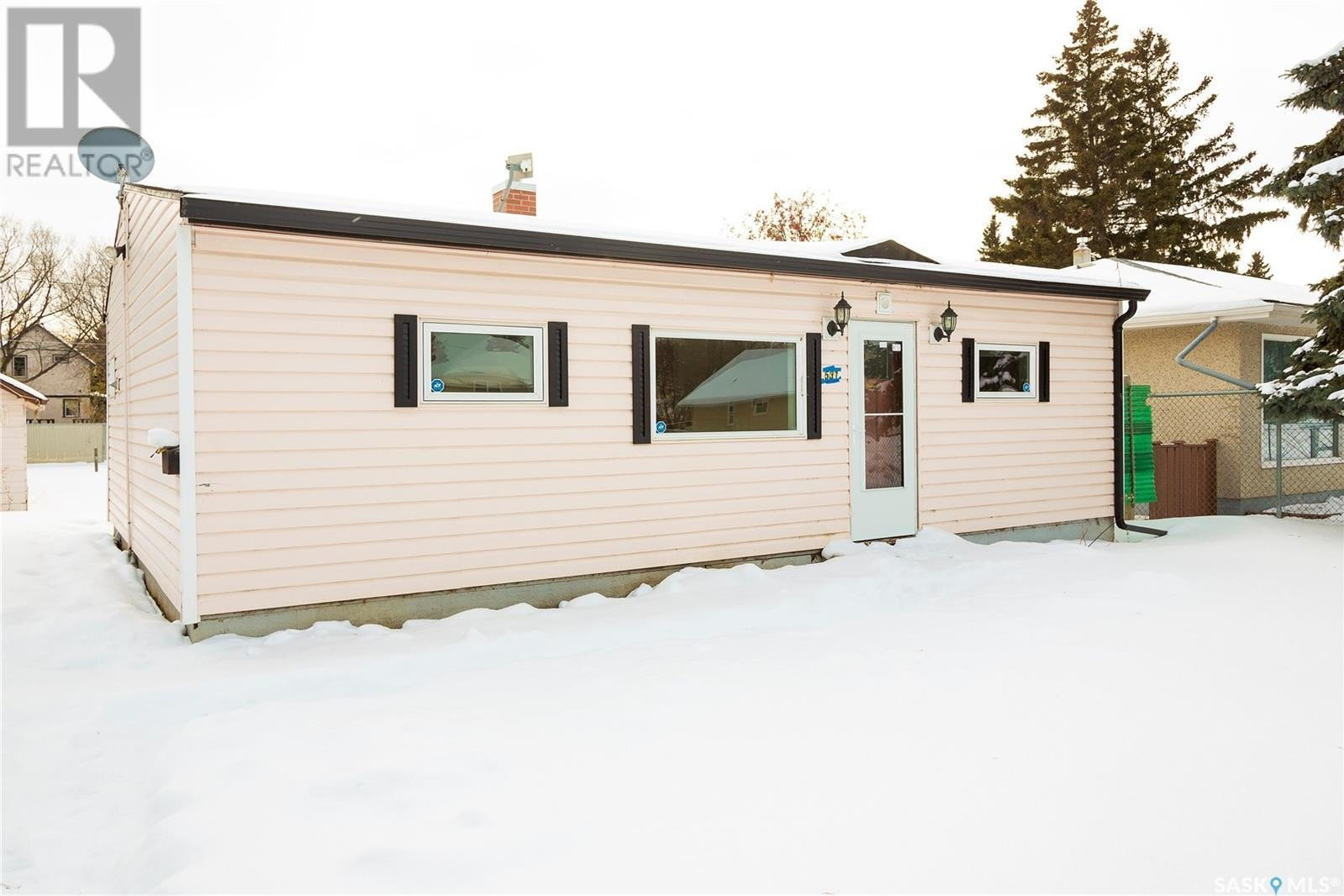 House for sale at 531 7th St E Prince Albert Saskatchewan - MLS: SK834279