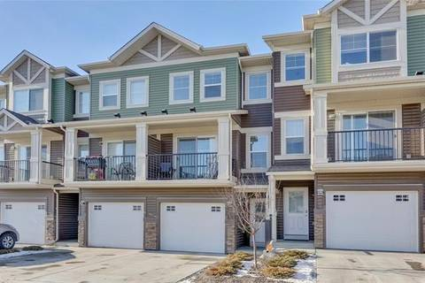 Townhouse for sale at 531 Sage Hill Gr Northwest Calgary Alberta - MLS: C4282643