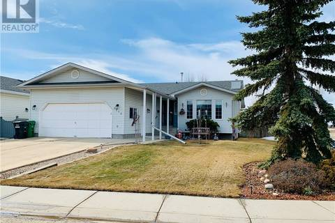 House for sale at 5310 67 St Camrose Alberta - MLS: ca0161447