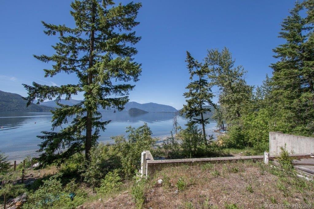 Residential property for sale at 5310 Squilax Anglemont Rd Celista British Columbia - MLS: 10221608