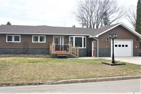 House for sale at 532 Gertie St Moosomin Saskatchewan - MLS: SK806215