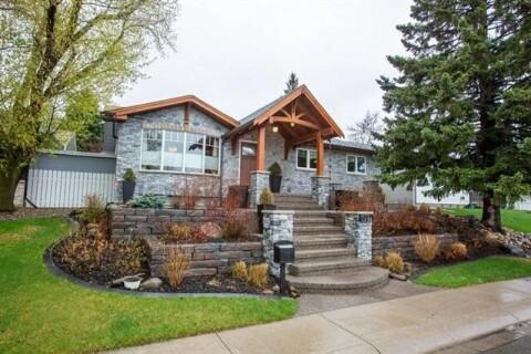 House for sale at 5327 Valiant Dr Northwest Calgary Alberta - MLS: C4297431