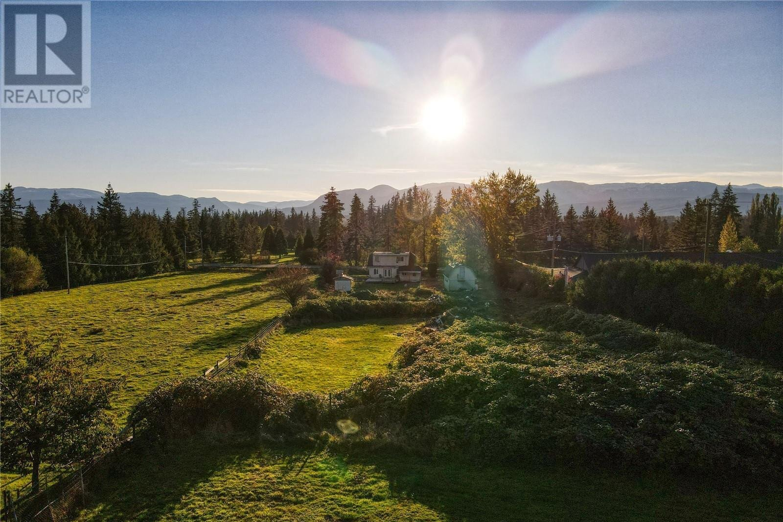 House for sale at 5338 Island Hwy N Courtenay British Columbia - MLS: 841386