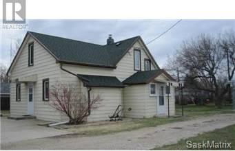 House for sale at 534 Eisenhower St Midale Saskatchewan - MLS: SK758400