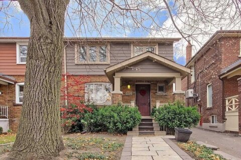 Townhouse for sale at 534 Millwood Rd Toronto Ontario - MLS: C4990414