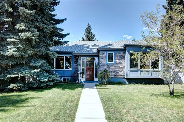 For Sale: 5344 La Salle Crescent Southwest, Calgary, AB | 5 Bed, 3 Bath House for $799,999. See 36 photos!
