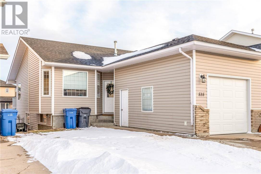 Townhouse for sale at 535 Stark Wy Se Medicine Hat Alberta - MLS: mh0191671