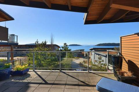 Townhouse for sale at 5370 Wakefield Beach Ln Sechelt British Columbia - MLS: R2351169