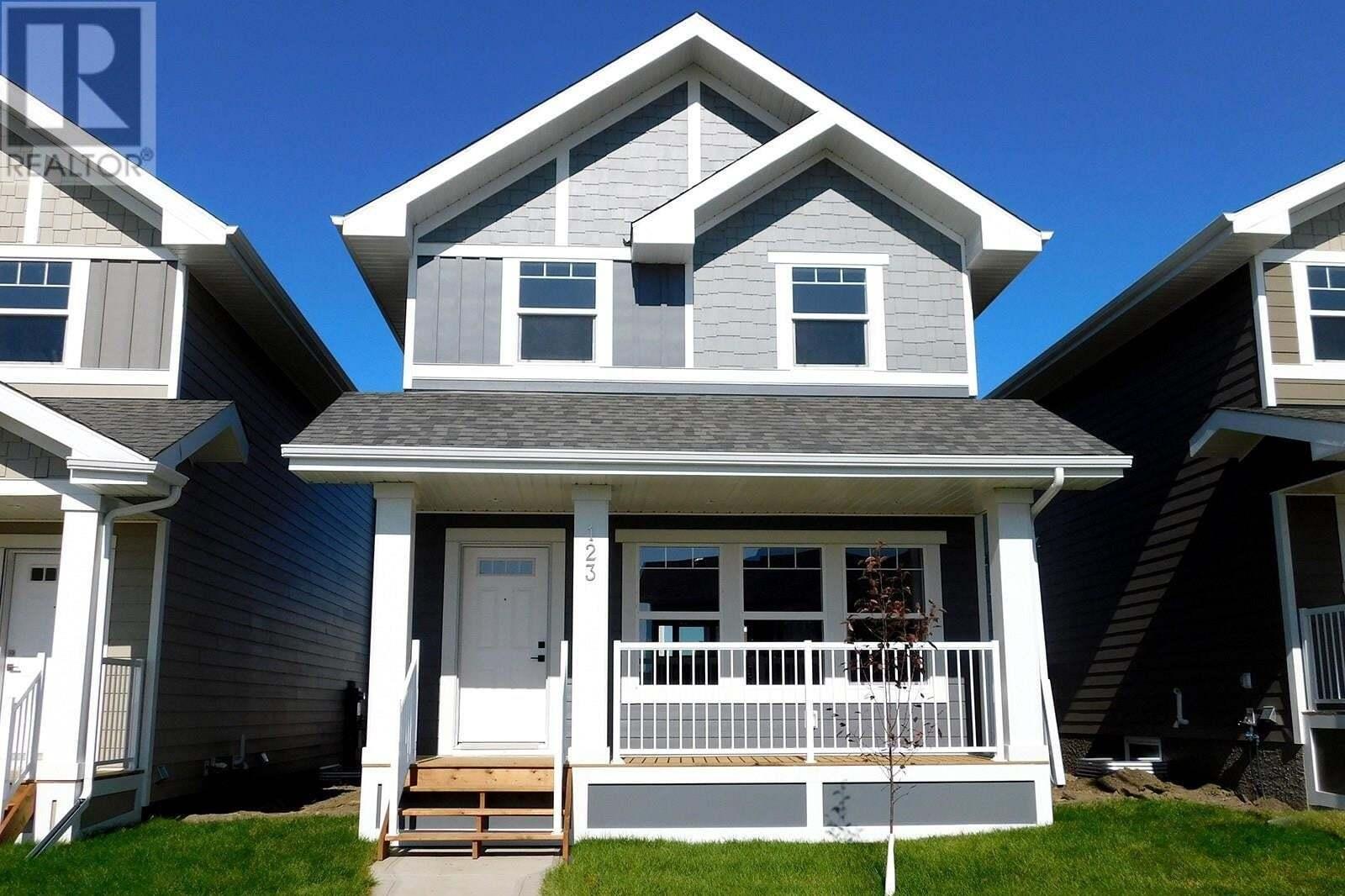 House for sale at 538 Stilling Wy Saskatoon Saskatchewan - MLS: SK830877