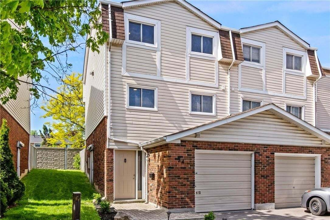 Townhouse for sale at 11 Harrisford St Unit 54 Hamilton Ontario - MLS: H4079324