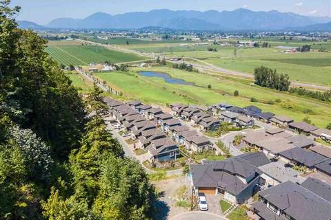 Home for sale at 50778 Ledgestone Pl Unit 54 Chilliwack British Columbia - MLS: R2383424