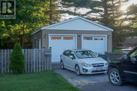54 Amherst Drive, Amherstview | Image 2