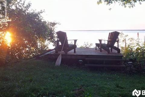 54 Fox Island, Georgina | Image 1