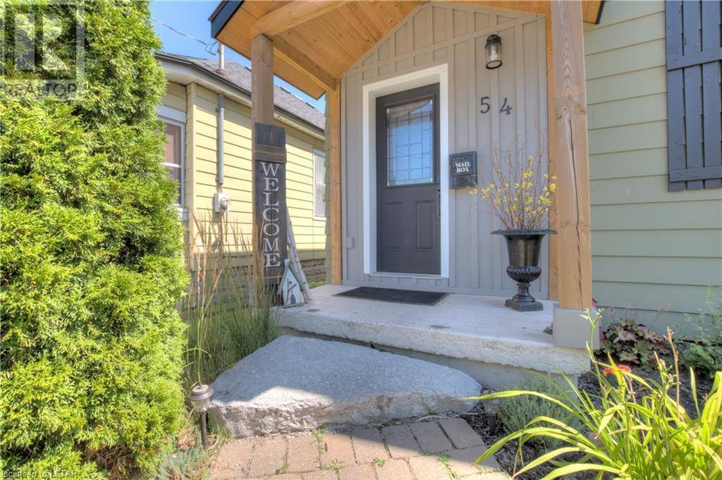 House for sale at 54 Hume St London Ontario - MLS: 215666