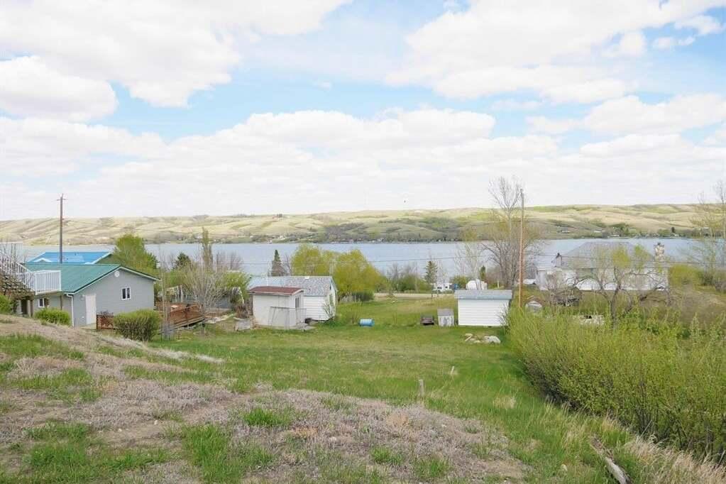 Residential property for sale at 540 Richard Dr Buffalo Pound Lake Saskatchewan - MLS: SK810930
