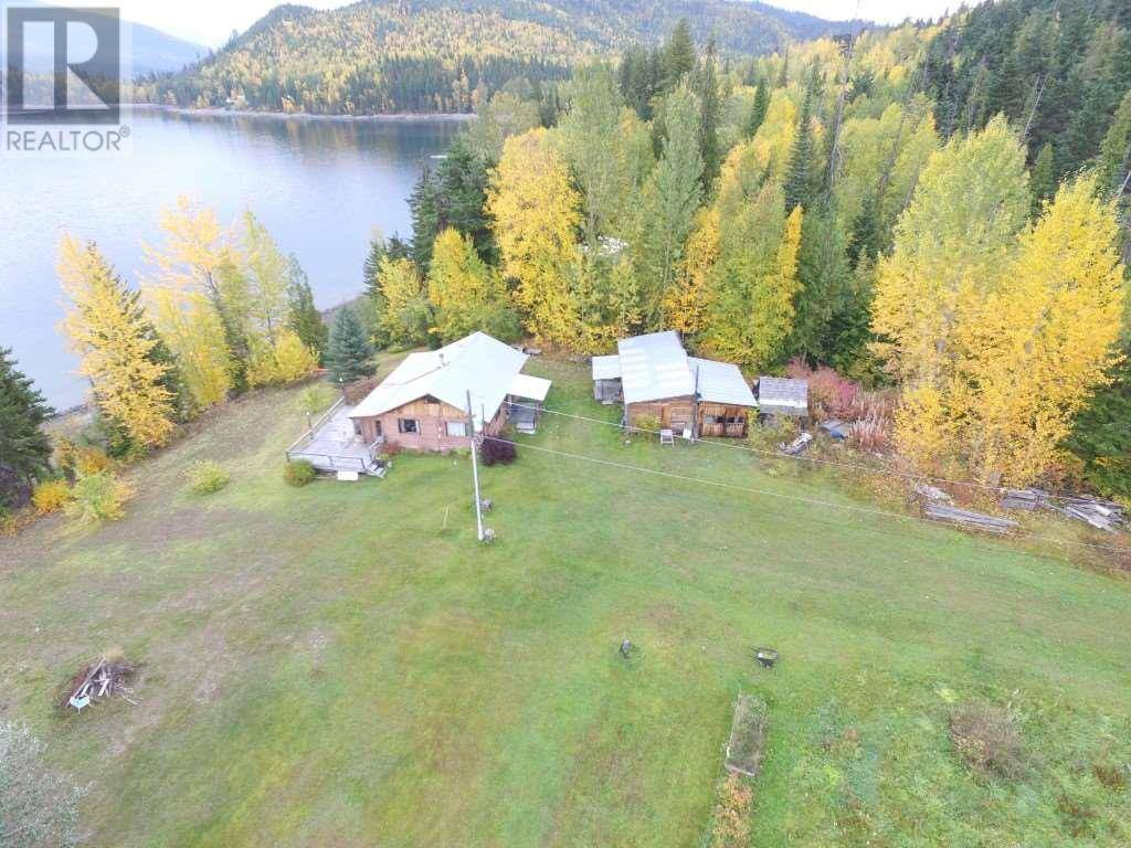 House for sale at 5403 Mitchell Bay Rd Horsefly British Columbia - MLS: R2396044