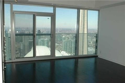 Apartment for rent at 12 York St Unit 5405 Toronto Ontario - MLS: C4554151